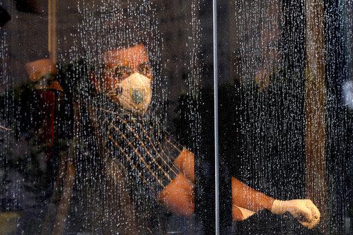 Լուսանկարի հեղինակ՝ Ebrahim Noroozi / Associated Press. Թեհրան, փետրվարի 23, 2020թ․